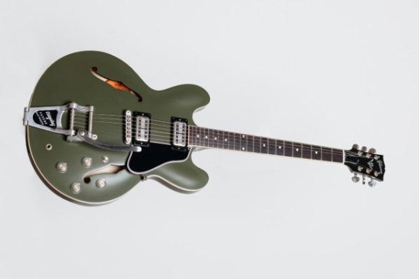 Chris Cornell ES-335