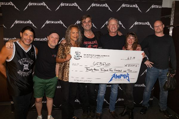 Metallica - Spenden in Berlin 2019 - 1
